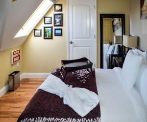 Rio Vista Inn & Suites Santa Cruz - Suite 9 Bedroom