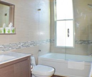 Rio Vista Inn & Suites Santa Cruz - Suite 3 Bathroom