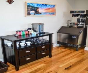 Rio Vista Inn & Suites Santa Cruz - Tea and Coffee Area