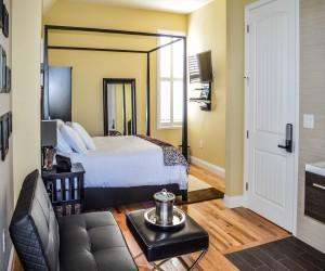 Rio Vista Inn & Suites Santa Cruz - Luxury Suite at the Rio Vista Inn & Suites