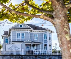 Rio Vista Inn & Suites Santa Cruz - Exterior Front View - Rio Vista Inn & Suites