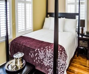 Rio Vista Inn & Suites Santa Cruz - Premium Bed at the Rio Vista Inn & Suites